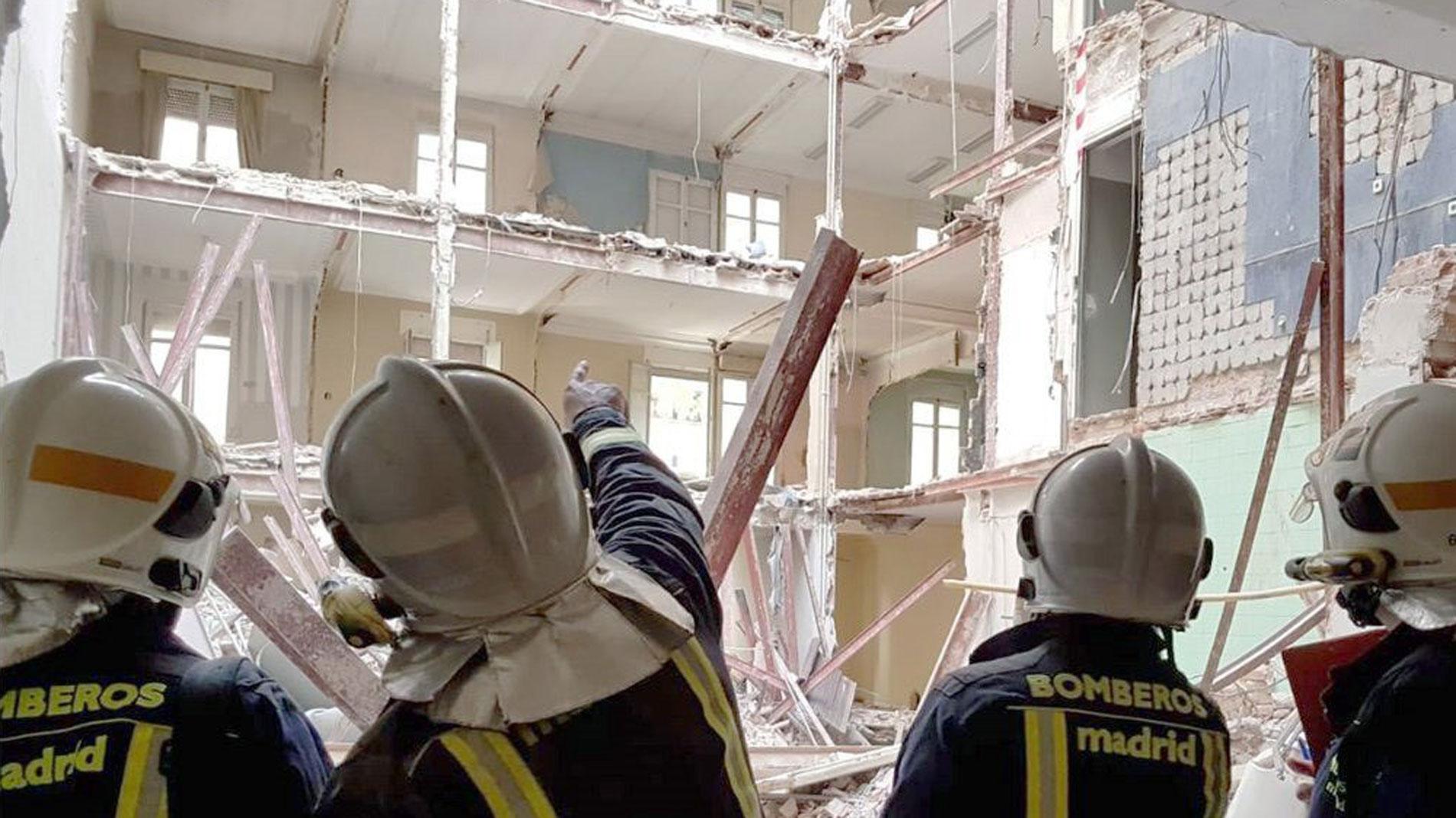 Localizan sin vida al trabajador de 56 años desaparecido tras el derrumbe en Madrid