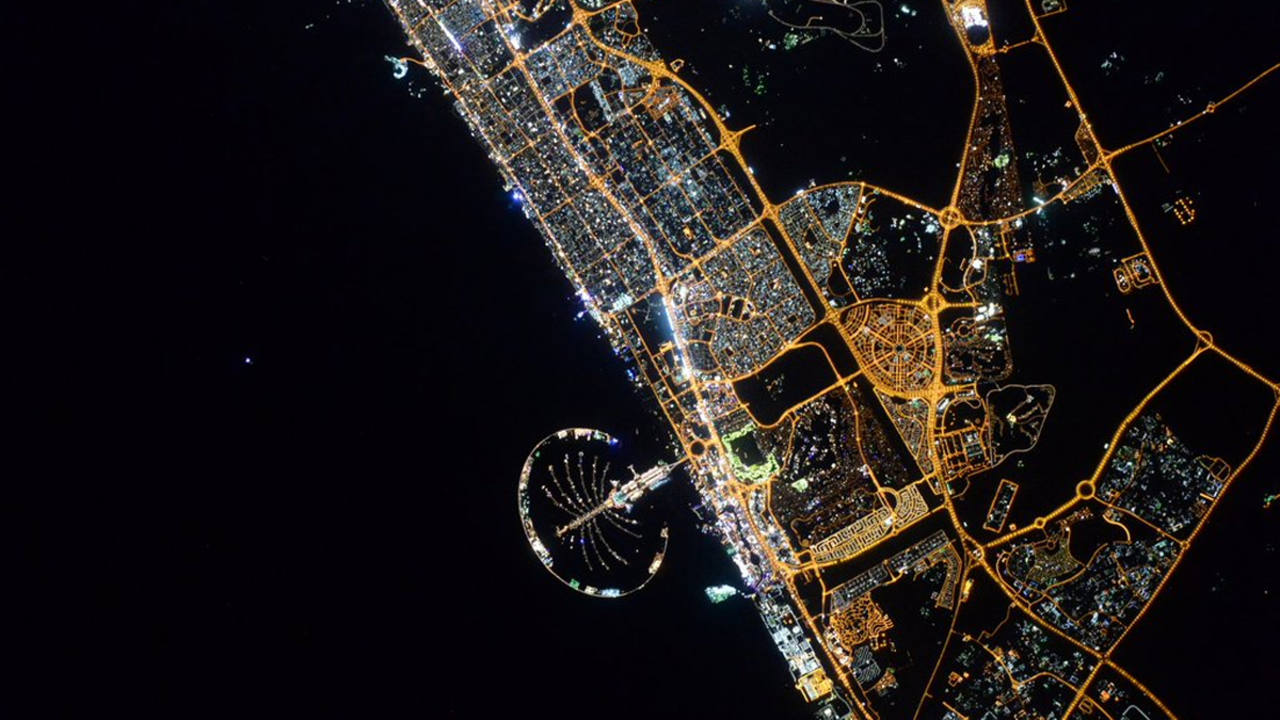 Las luces nocturnas de Dubai. (SCOTT KELLY)