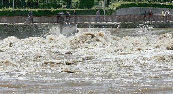 Los ríos de La Rioja y Navarra  también están muy crecidos