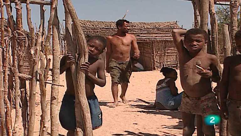 Otros pueblos - Madagascar: Vintana