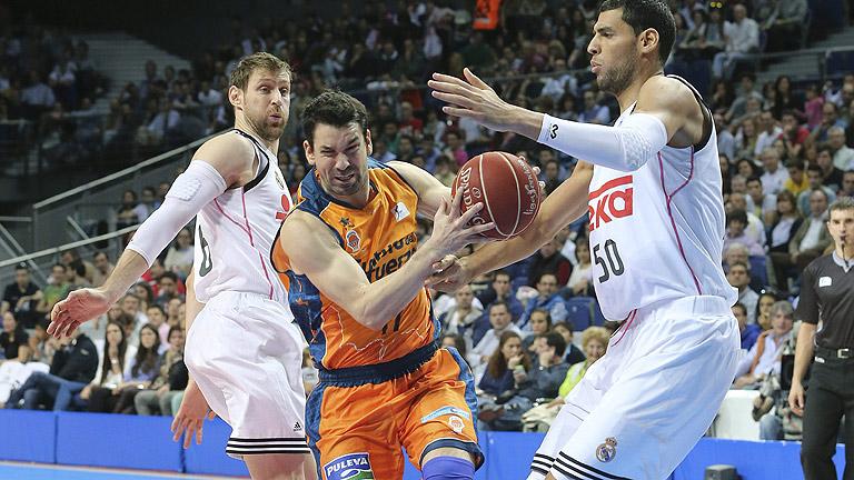 El Madrid arrolla al Valencia