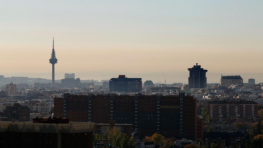 Por qué a Madrid le ha salido una 'boina' de contaminación, y por qué no se va