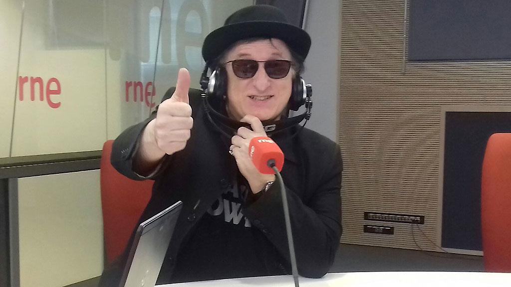 Javier Gurruchaga publica nuevo disco: 'Noticia bomba'