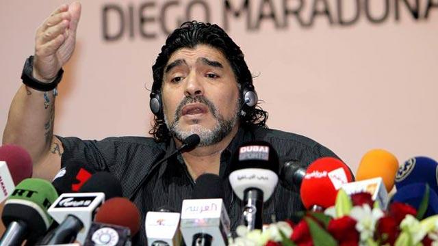 Maradona ataca de nuevo