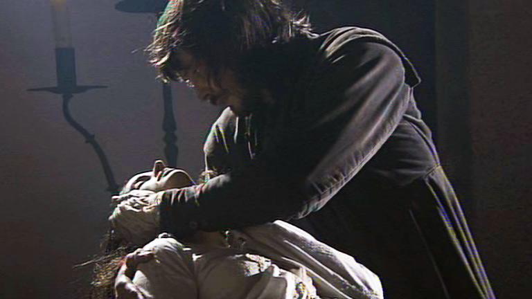 Águila Roja - Margarita en brazos de Gonzalo