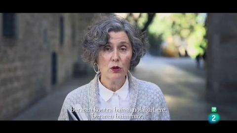 Página Dos - El poema - Mari Luz Esteban: La muerte de mi madre me hizo más libre