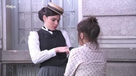 Acacias 38 - María confiesa a Leonor que Casilda es su hermana