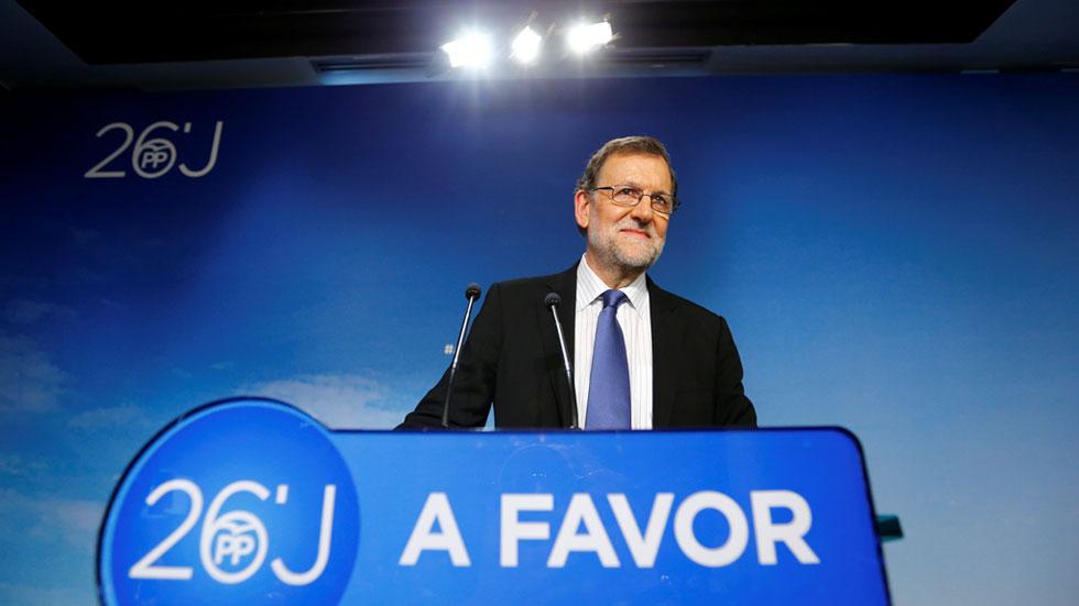 """Mariano Rajoy tiende la mano a los """"partidos moderados"""" para formar la gran coalición"""
