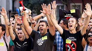 Los empleados del Metro de Barcelona abuchean a Artur Mas y Xavier Trias en la misa de la Mercè
