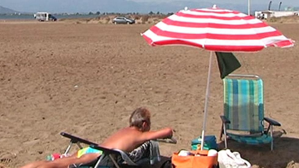 España Directo- Masificación en la playa del Trabucador