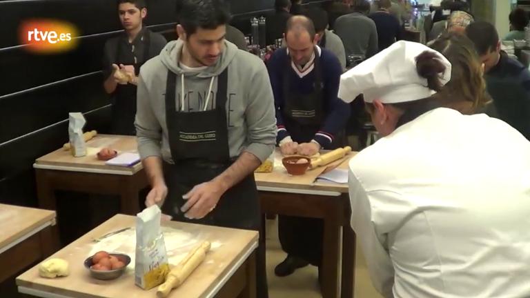 Formaci n de los aspirantes de masterchef pasta fresca - Escuela de cocina masterchef ...