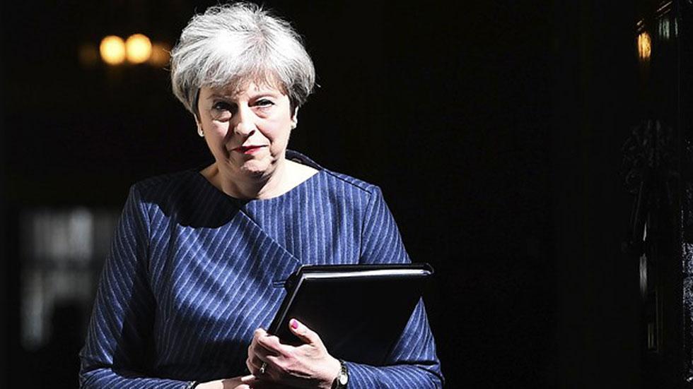 May anuncia elecciones anticipadas en Reino Unido para cerrar la división en torno al 'Brexit' de su partido