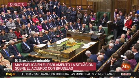 """May, al Parlamento: """"Sean honestos si quieren un segundo referéndum"""""""