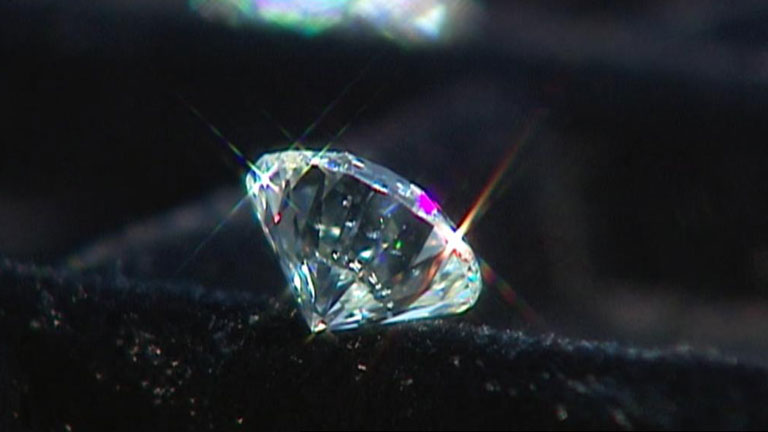 Descubren en Siberia un enorme depósito de diamantes con trillones de quilates