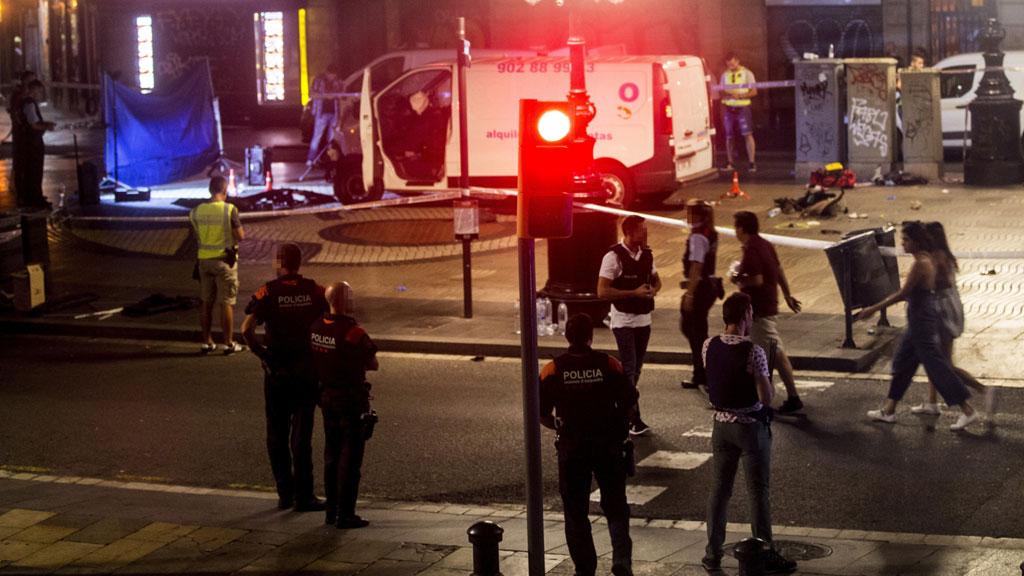 Al menos 13 muertos y 80 heridos en un atentado en las Ramblas de Barcelona