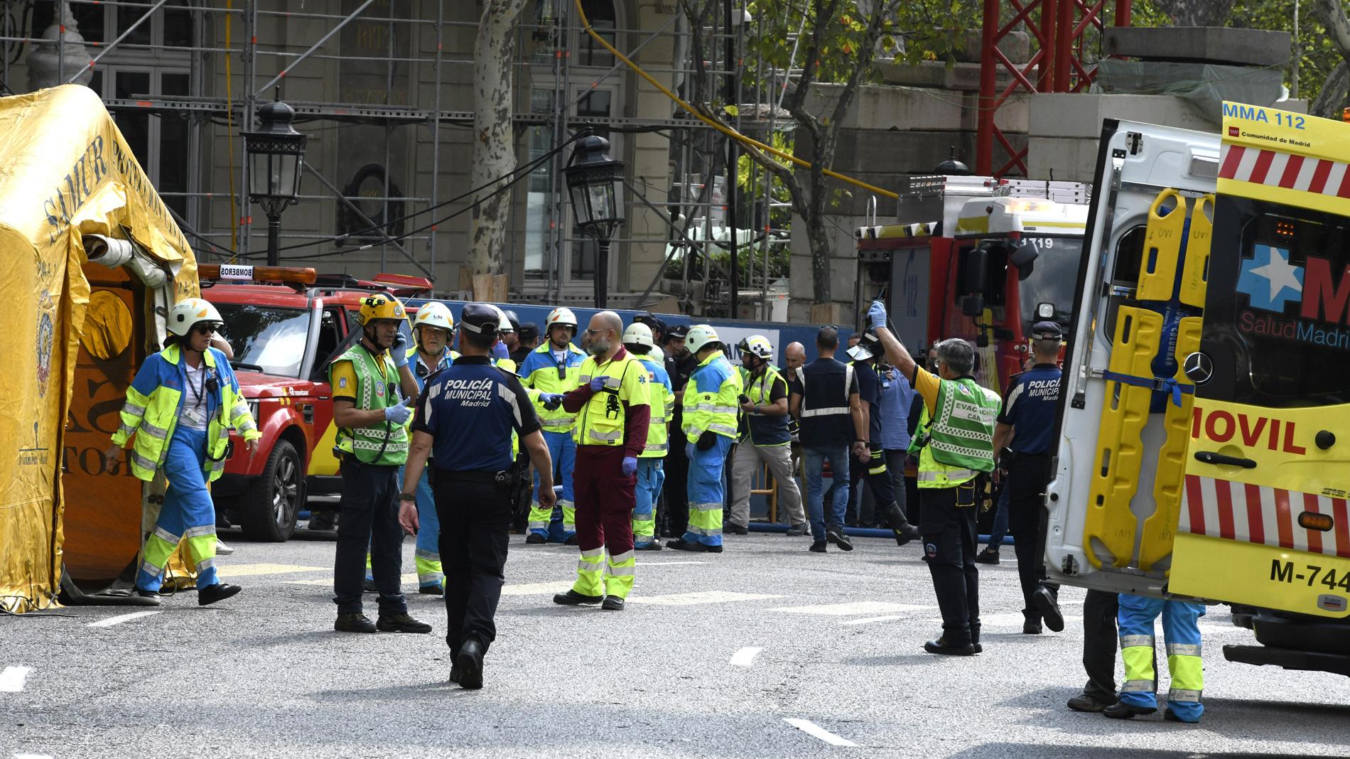 Al menos cinco heridos tras un derrumbe parcial en las obras del hotel Ritz en Madrid