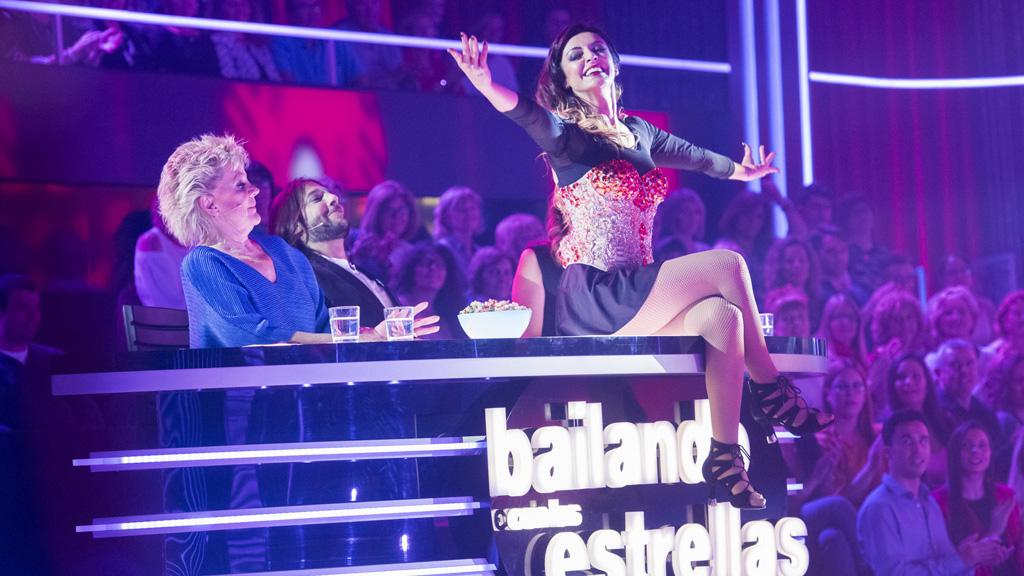 """Bailando con las estrellas - Merche y Roger bailan """"Me colé en una fiesta"""""""