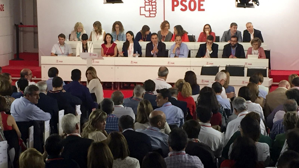 La Mesa del Comité propone votar sólo el Congreso Extraordinario y los anti Sánchez plantean irse