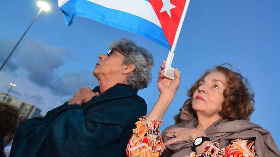 Informe Semanal - Miami: Acento cubano