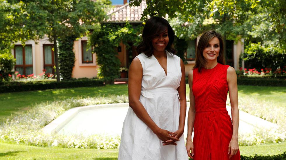 Michelle Obama y la reina Letizia comparten escenario por la defensa de la educación de las niñas
