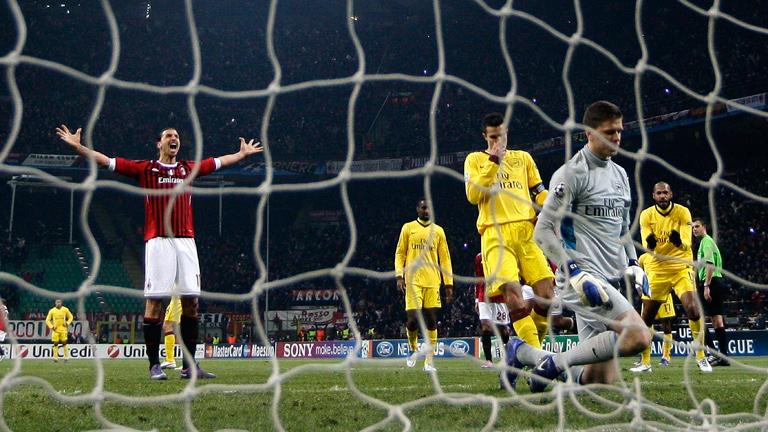 El Milán aplasta al Arsenal