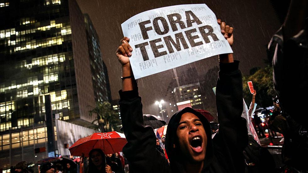 Miles de brasileños salen a la calle para exigir la renuncia de Michel Temer