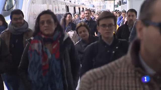 Miles de personas disfrutan ya de las fallas valencianas