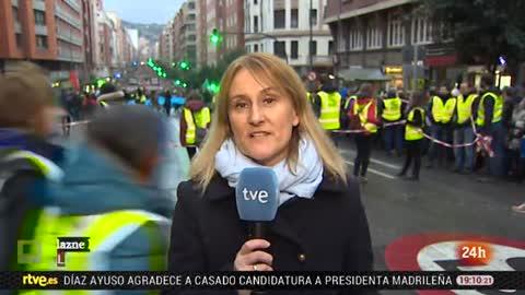 Miles de personas se manifiestan en Bilbao para pedir el acercamiento de los presos de ETA al País Vasco