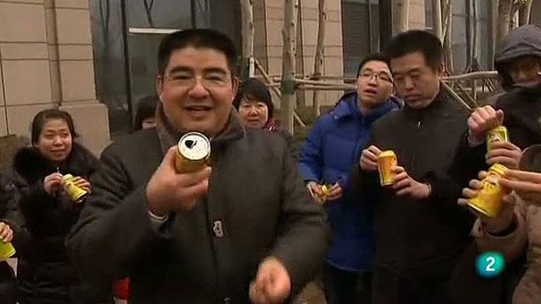 Un millonario chino vende latas de aire fresco para combatir la contaminación