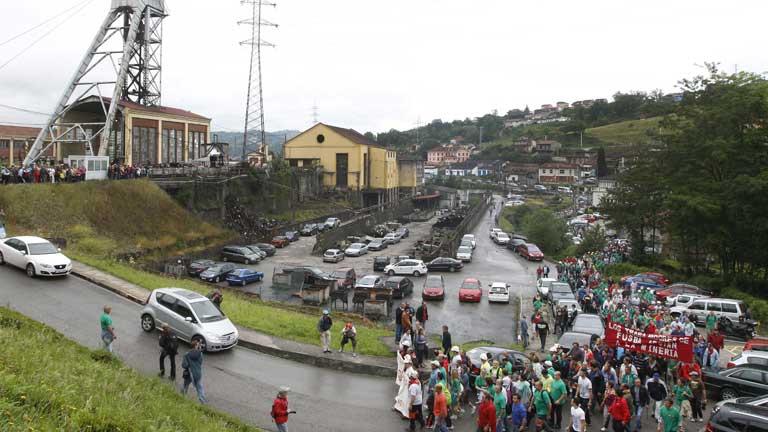 De nuevo los mineros protagonizan cortes de carreteras en los pueblos de las cuencas