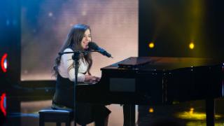 Hit-La Canción- 'Un minuto más' de Danae Segovia en Hit-La Canción