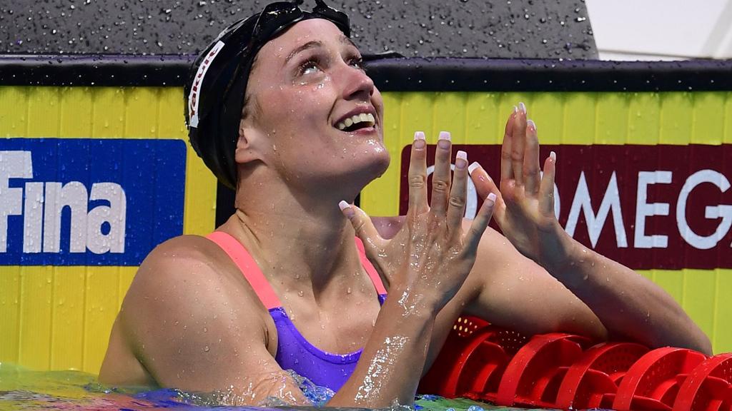 Mireia Belmonte completa la triple corona con su oro mundial en 200 mariposa