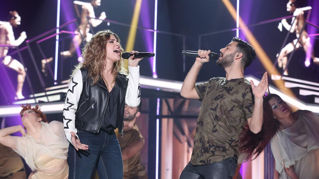 Operación Triunfo - Miriam y Agoney cantan 'Running' en la Gala Fiesta de OT