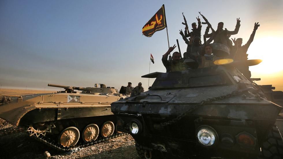 Mosul, bastión del Estado Islámico, se tambalea bajo la ofensiva del ejército irakí
