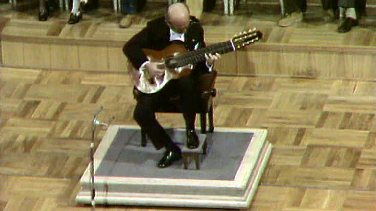Muere Narciso Yepes (1997)