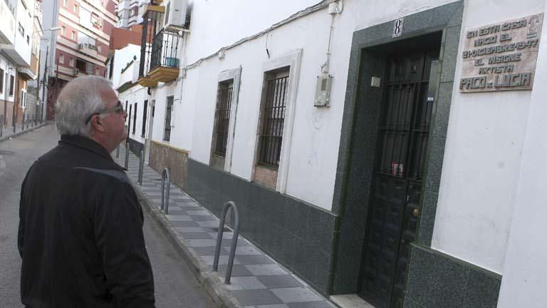 El ayuntamiento de Algeciras decreta tres días de luto por la muerte de Paco de Lucía