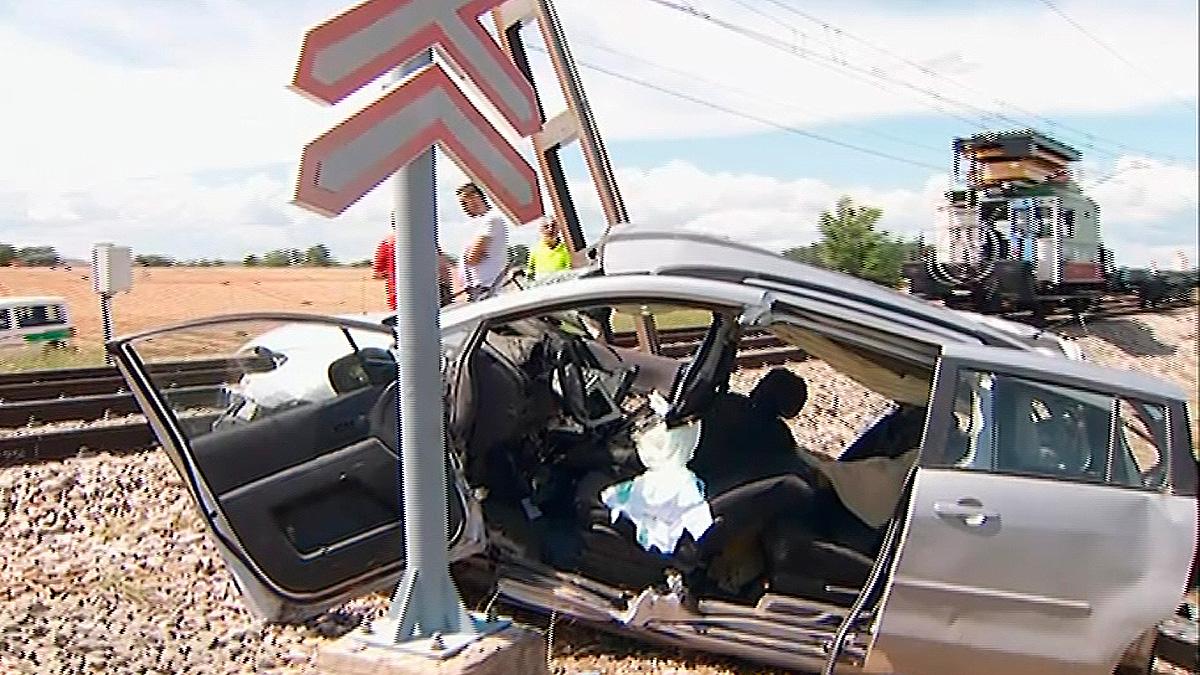 Mueren tres personas tras ser arrolladas por un tren de mercancías en Guadalajara