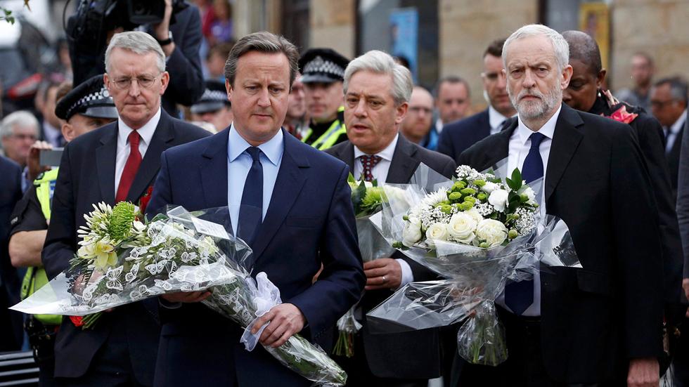 La muerte de Cox detiene la campaña del 'Brexit' mientras siguen los temores a seis días de votar