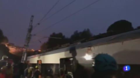 Un muerto y 49 heridos al descarrilar un tren en Barcelona por un deslizamiento de tierra