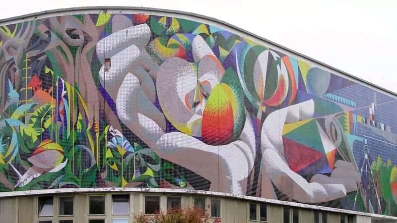 Mural restaurado de Josep Renau en Berlín