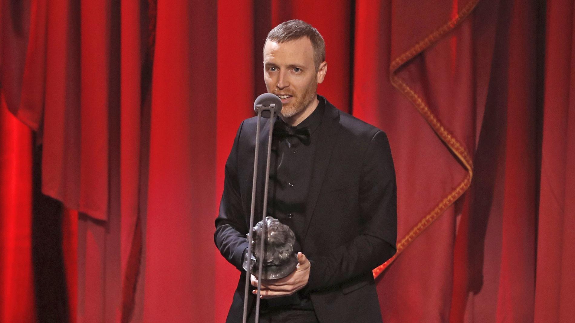 El músico francés Olivier Arson se lleva el Goya a la mejor música original por su trabajo en 'El reino'