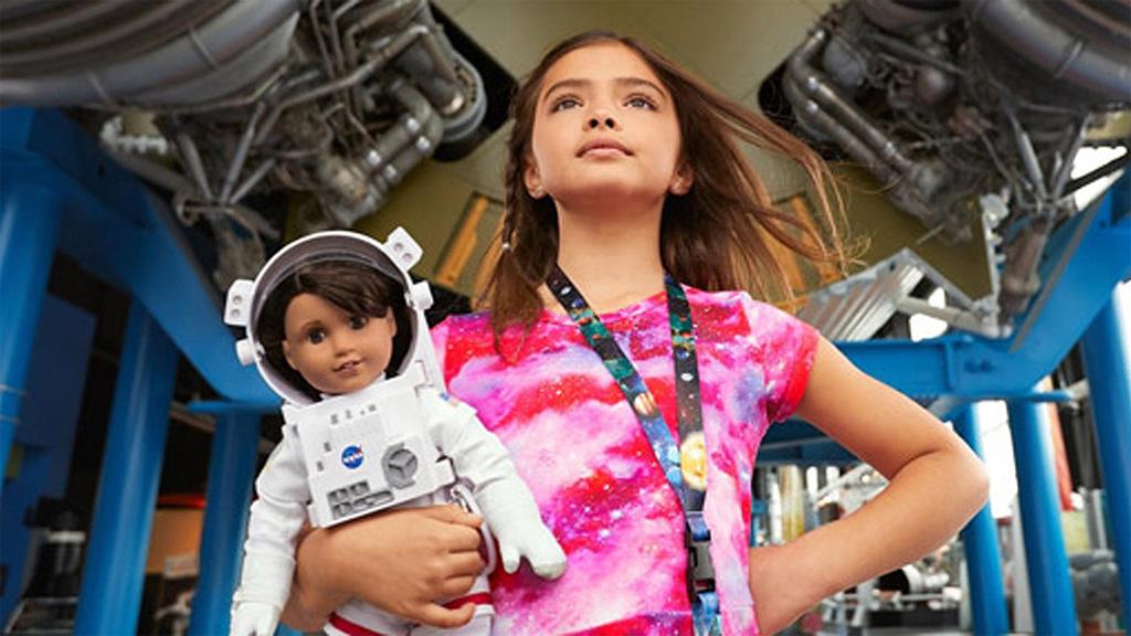 La NASA crea una muñeca para inspirar a las astronautas del mañana