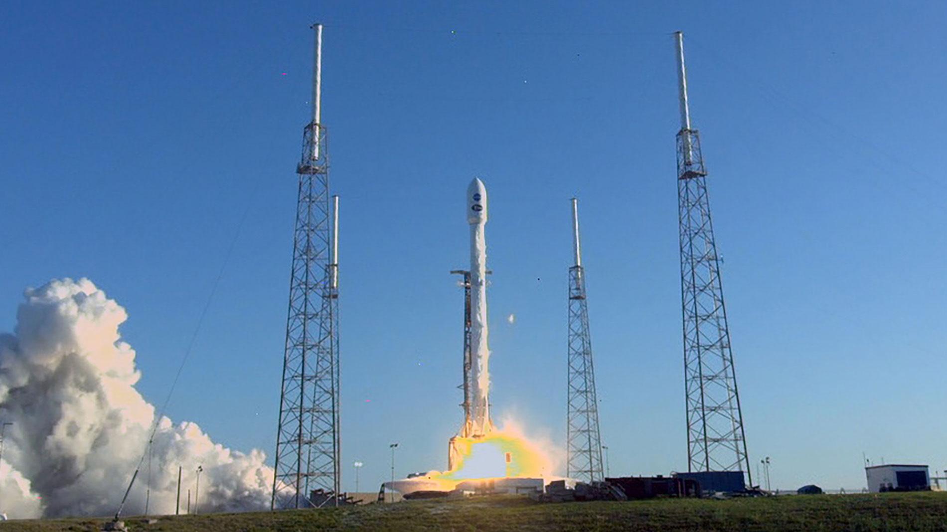 La NASA lanza el satélite Tess para buscar vida en 20.000 planetas fuera del Sistema Solar