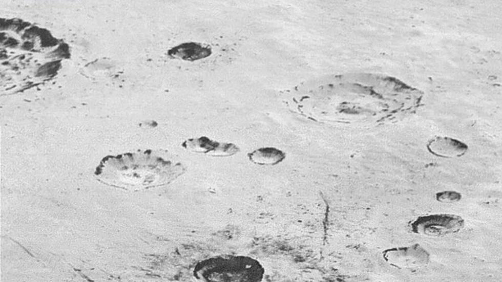 La NASA publica imágenes al máximo detalle de las montañas, glaciares y cráteres de Plutón