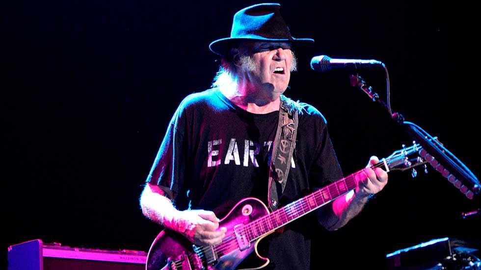 Neil Young brilla en la última  jornada del festival Mad Cool