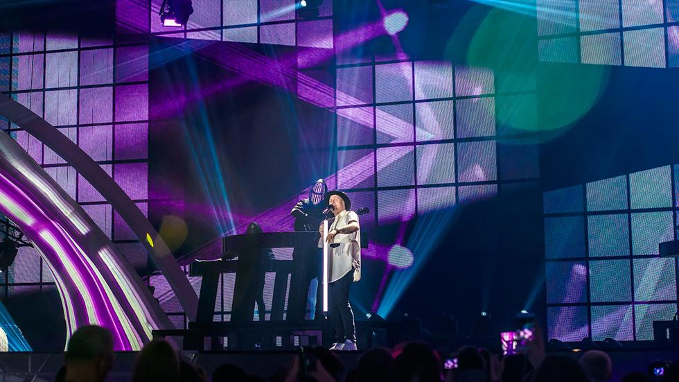 Eurovisión 2017 - Noruega: JOWST canta 'Grab the moment'