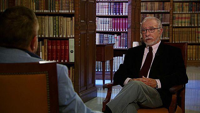 UNED - El novelista José María Merino dialoga con José Romera Castillo - 01/12/17