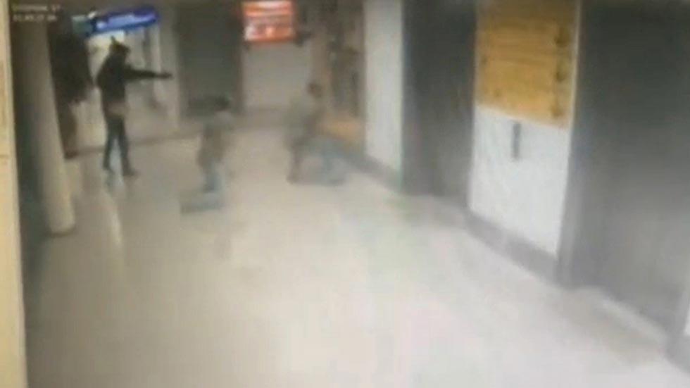 Nuevas imágenes de los tres terroristas de Estambul