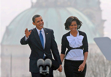 Baño de multitudes de Obama en Praga