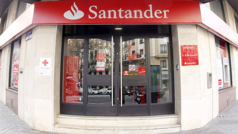 El beneficio del santander creci un 7 en 2017 pese al coste de integraci n del popular - Oficinas santa lucia madrid ...